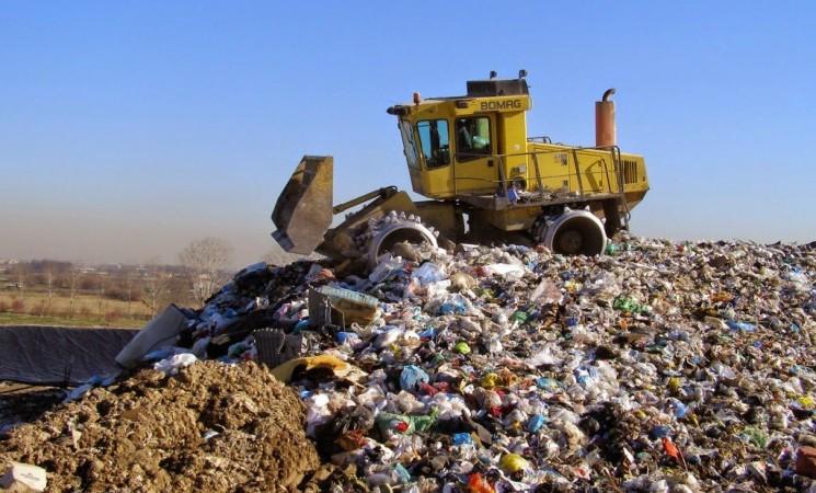 Rifiuti, Musumeci promette stop discariche a sindaci siracusano