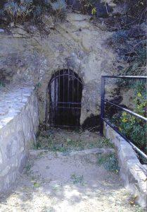 isola-lachea-grotta-delleremita