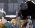 Covid, gli aiuti economici ricevuti dagli italiani sotto media Ue