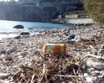 Bonificata la spiaggia di Taormina: sulla battigia scaldabagni, vetro e metalli