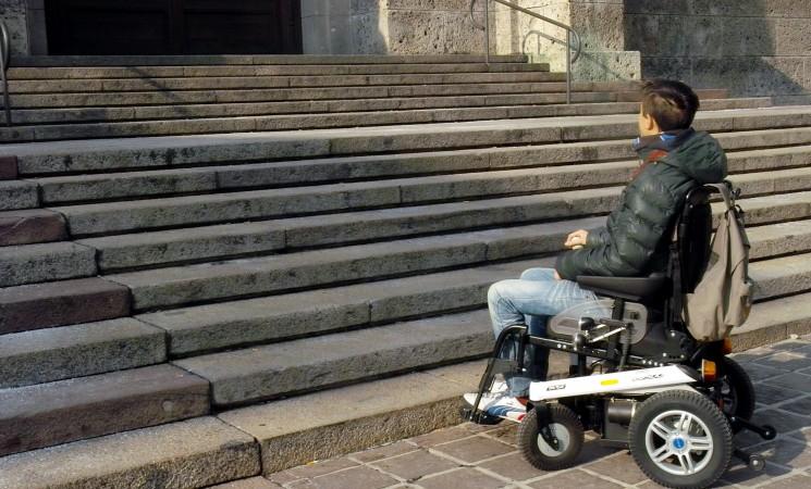 Monterosso, raccolta di plastica per abbattere le barriere architettoniche