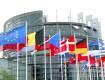 """La Bce rivede al rialzo le stime di crescita """"ma restano rischi"""""""