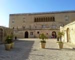 Donnafugata, porte chiuse al castello