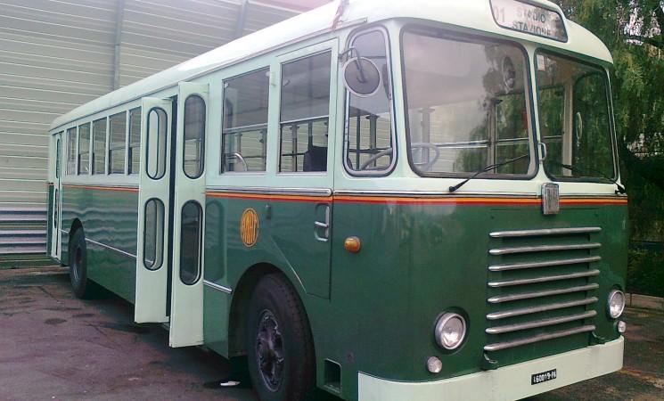 Il primo maggio in circolazione il bus storico dell'AMAT