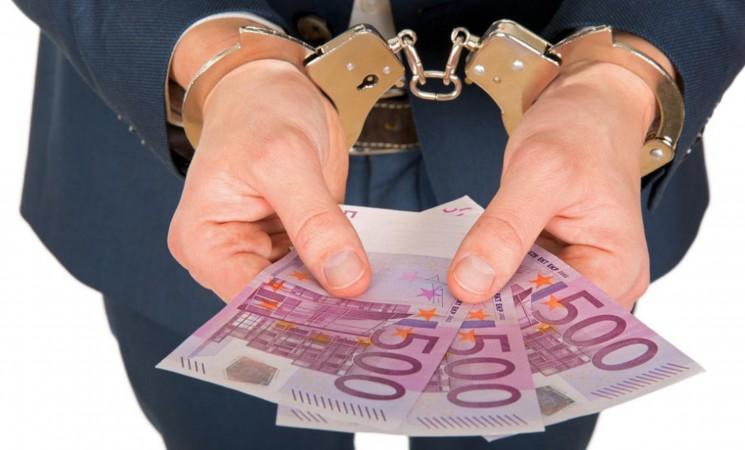 Italia fatta da evasione rovinata da corruzione