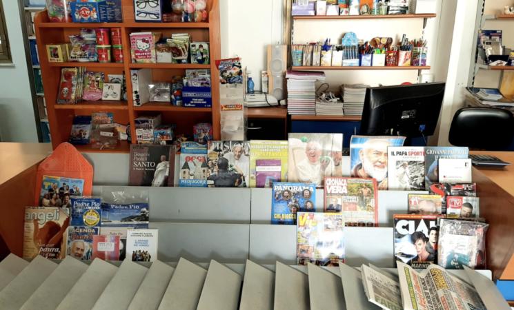 """Lampedusa, spariti i  quotidiani, Martello, """"Informazione negata"""""""