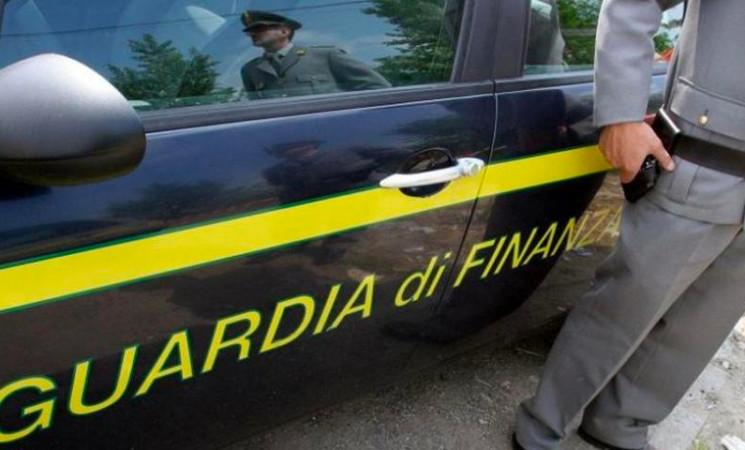 Gdf Messina maxi sequestro  di 20 kg di cocaina nel porto