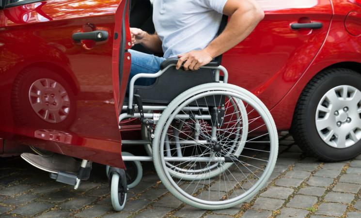 Aragona (Agrigento), lite per parcheggio disabili, anziano ferito
