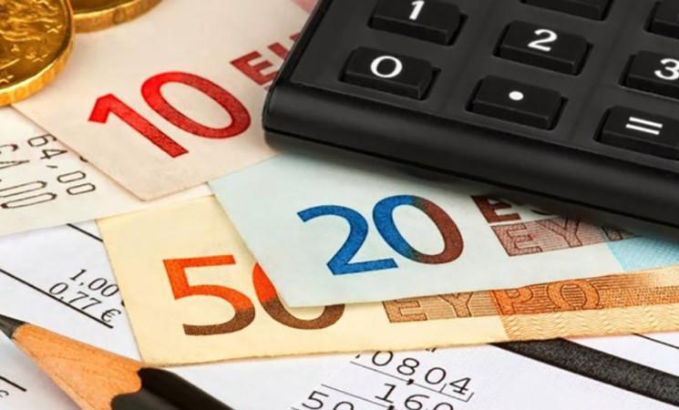 Record di 2.578 miliardi per il debito pubblico, spread sopra 130
