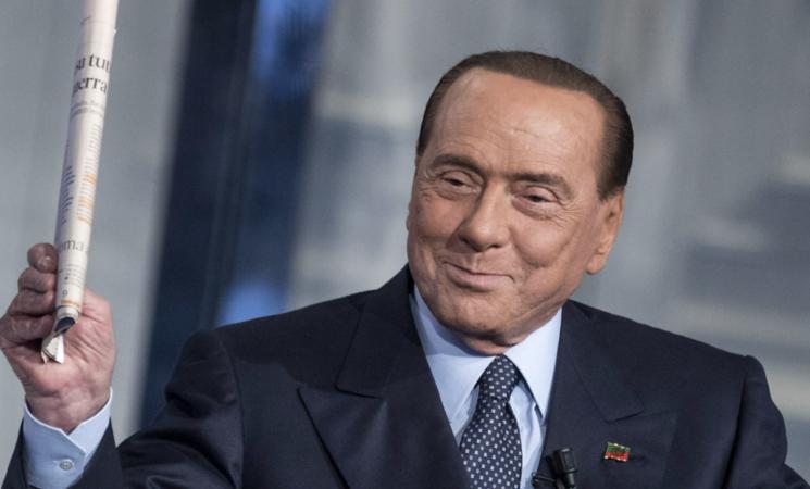 Coronavirus, Silvio Berlusconi positivo. E in campagna elettorale