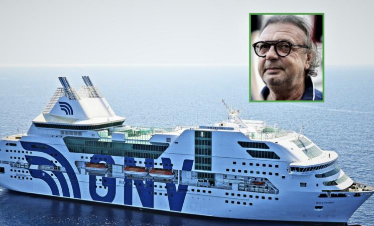 Migranti, Lampedusa, l'hotspot adesso è completamente vuoto