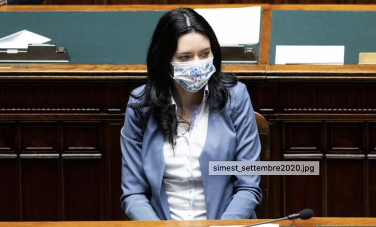 """Scuola, Lucia Azzolina """"Possibili sospensioni ma niente allarmismi"""""""