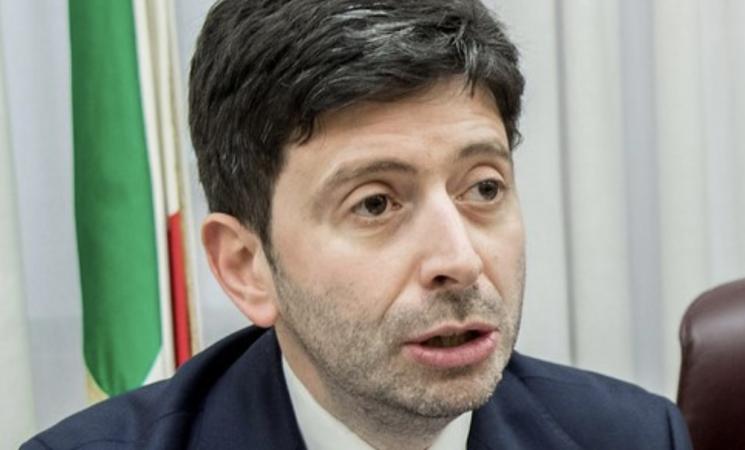 Coronavirus, i contagi in Italia spaventano di nuovo