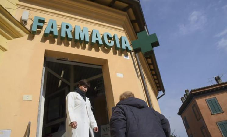 Vaccino, Federfarma, ok in Sicilia per 796 farmacie, 227 a Palermo