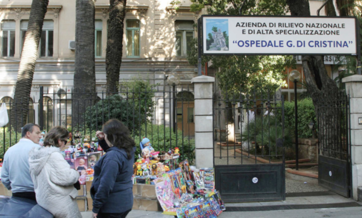 Coronavirus, neonata positiva abbandonata a Palermo