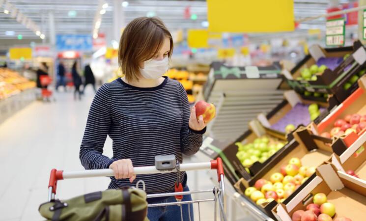 Confcommercio, consumi in recupero ma autunno pieno di incognite