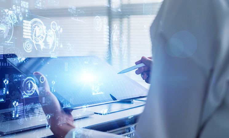 Lavoro, competenze digitali  essenziali per sette assunti su dieci