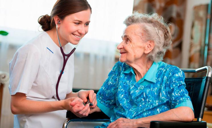 Trapani, assistenza domiciliare per anziani: domande entro il 30 novembre