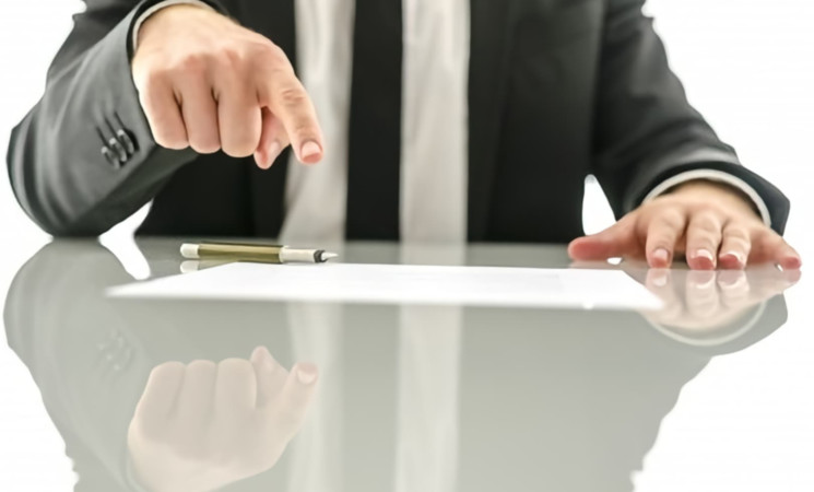 Decreto Agosto, sgravi su contributi ma perplessità su blocco licenziamenti