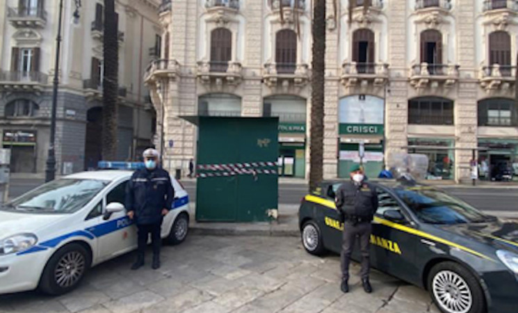 Palermo, sequestrato chiosco abusivo in piazza San Domenico