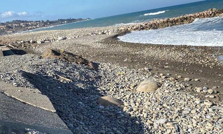 Messina si progettano interventi per l' erosione costiera