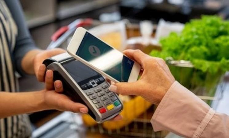 Cashback natalizio: come aderire e ottenere il rimborso a febbraio