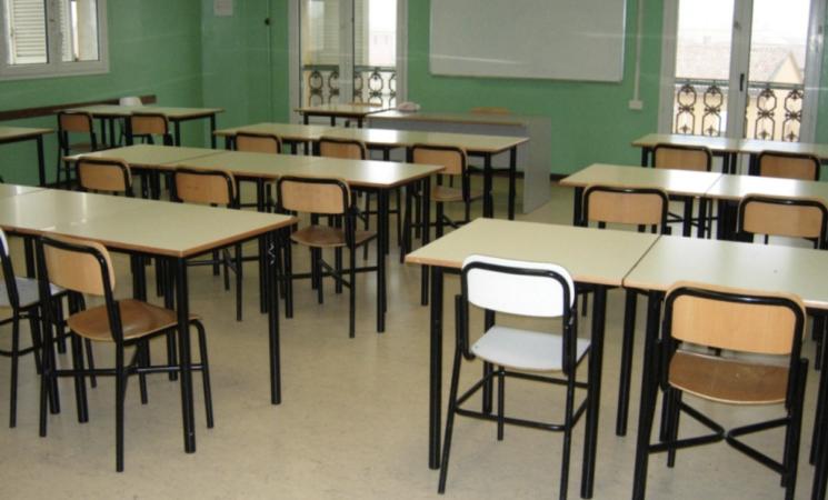 """Scuola, Ministero dell'Istruzione, """"Iscrizioni dal 4 al 25 gennaio"""""""