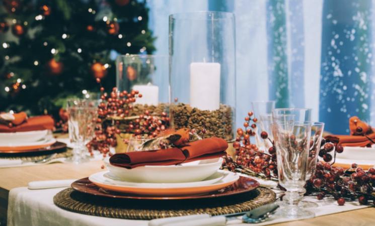 Natale, tra divieti e limitazioni per un italiano su tre salta un posto a tavola