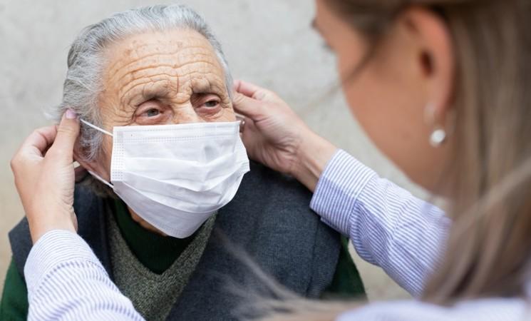Sicilia, azienda milanese dona mascherine per RSA