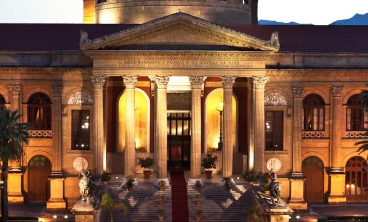 Palermo ,sono positivi al Covid diciassette coristi del Teatro Massimo