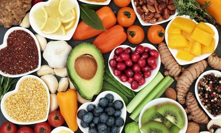 La vitamina C è davvero efficace contro il COVID