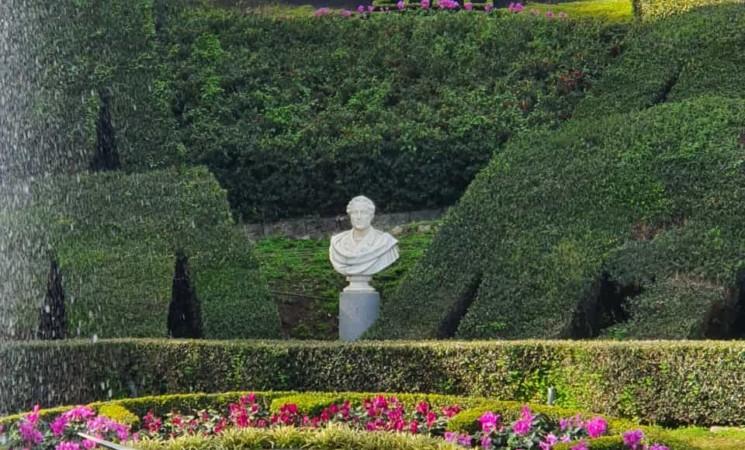 Catania, vandali al Giardino Bellini. Tempestivo l'intervento del Verde Pubblico