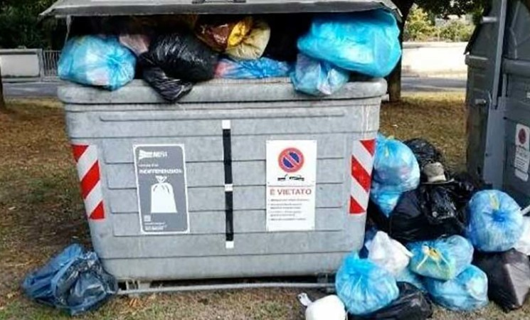 Sicilia, smaltimento rifiuti a carico delle ASP