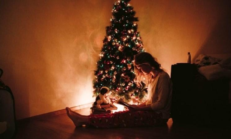 Allarme 'Christmas Blue', la pandemia aumenta la depressione natalizia
