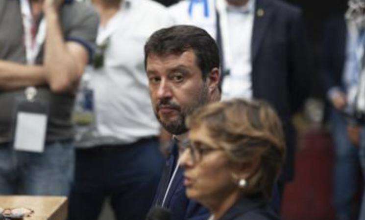 """Gregoretti, Salvini a Catania, """"Sono sereno, parlerò in aula"""""""