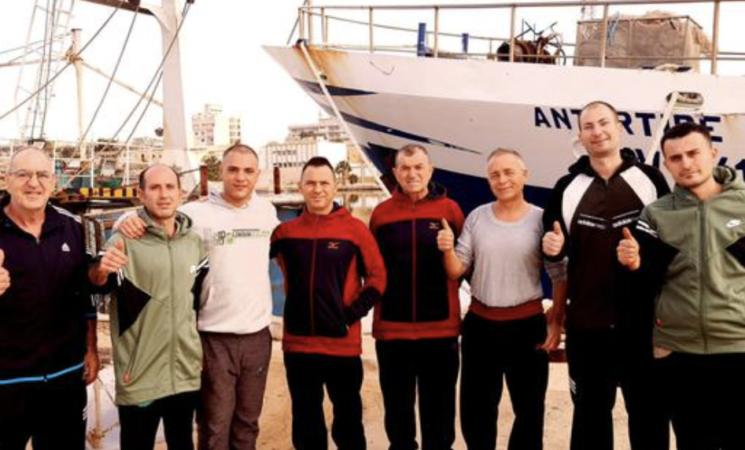 """Libia, il capitano Pietro Marrone, """"chiusi in quattro diverse carceri"""""""
