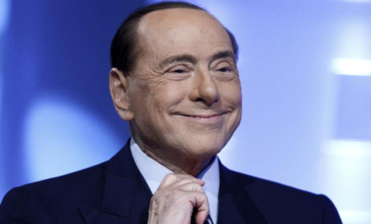 Governo, confronto in maggioranza, Berlusconi, lavoriamo con quel che c'è
