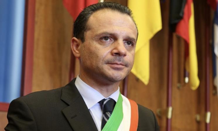 Regionali Sicilia, tra gli indagati a Messina, anche De Luca