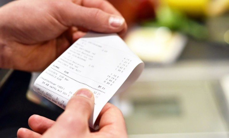 La lotteria degli scontrini parte 1 febbraio: prima estrazione il 12 marzo
