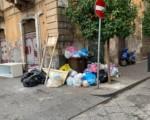 Rifiuti vs decoro urbano? A Catania vincono i primi