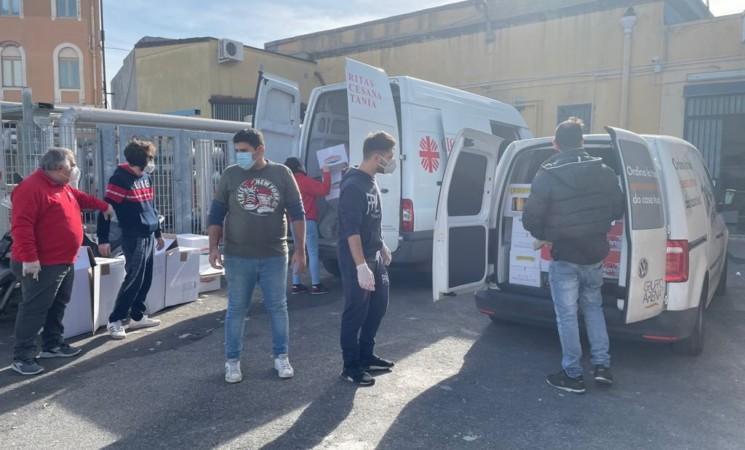 Catania, spesa solidale per l'Help Center della Caritas