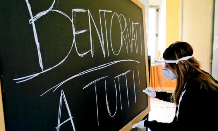 Coronavirus e Scuola, gli studenti accusano gli adulti d'incapacità