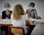 """""""Insegnanti e personale scolastico si vaccinino"""". L'appello di Oms e Unicef"""