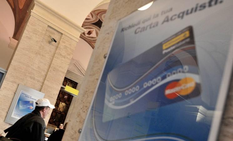 Reddito di cittadinanza, fino a 480 euro in più con la carta acquisti
