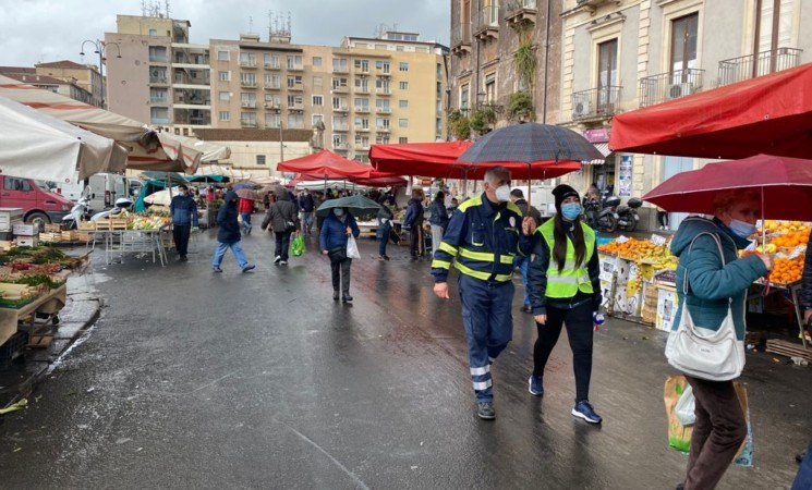 Catania, serrati controlli anti covid alla Fiera