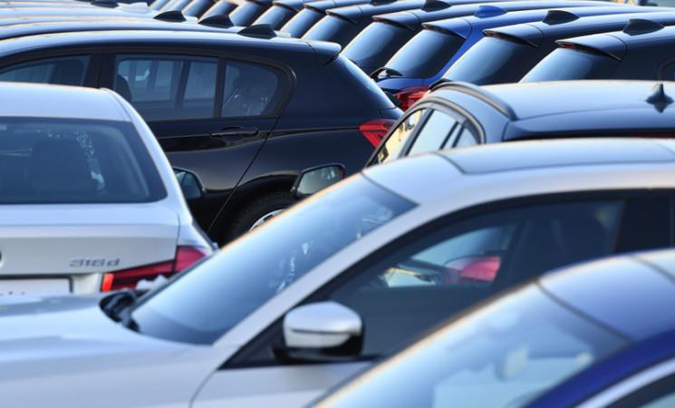 Il mercato dell'auto riparte in rosso, immatricolazioni giù del 14%