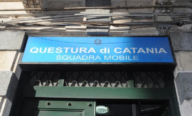 Catania: bomba carta davanti casa e bar fratello boss