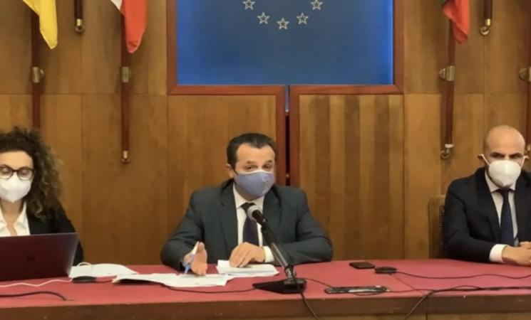 """Recovery fund, De Luca mobilita il Sud contro lo """"scippo"""""""