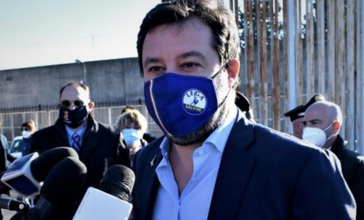 Migranti, udienza Gregoretti, Di Maio e Lamorgese a Catania