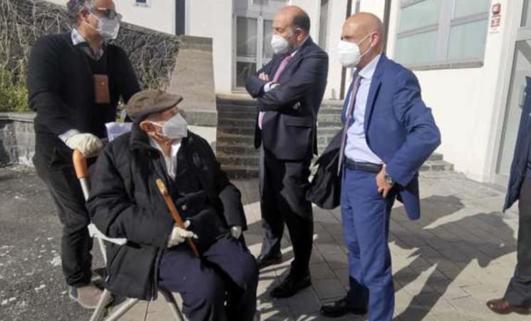 Covid, vaccinato a 105 anni al Policlinico di Catania